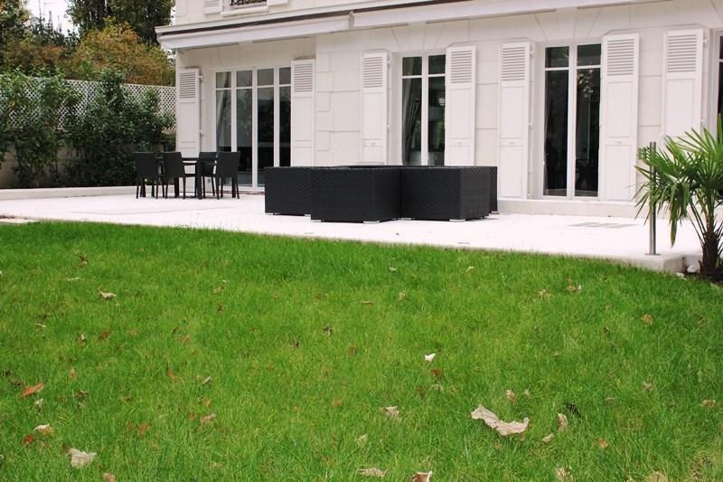properties v bien a vendre maison dame blanche fontenay sous bois. Black Bedroom Furniture Sets. Home Design Ideas